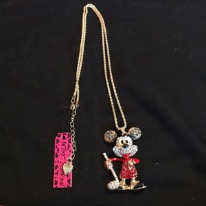 NWT Mickey Mouse golfing rhinestone necklace.